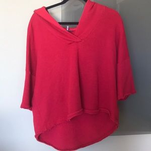 Semi cropped red sweater